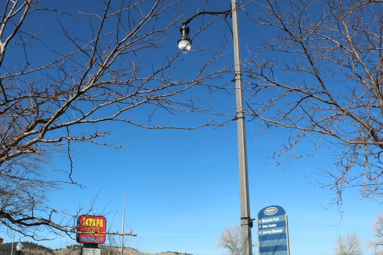 Citizens can contact the City to report a street light issue such as damage or an outage, to report a pothole or a possible city code violation.