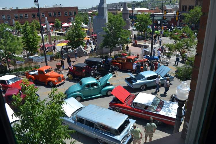 The Cruiser Car Show takes over Downtown Rapid City