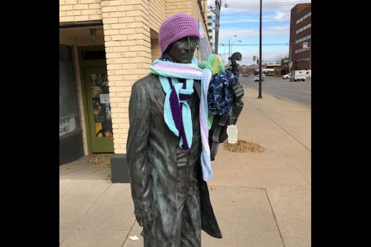 Winter apparel items such as hats, scarves, ear muffs and gloves are permitted on downtown statues from November 15-March 15.