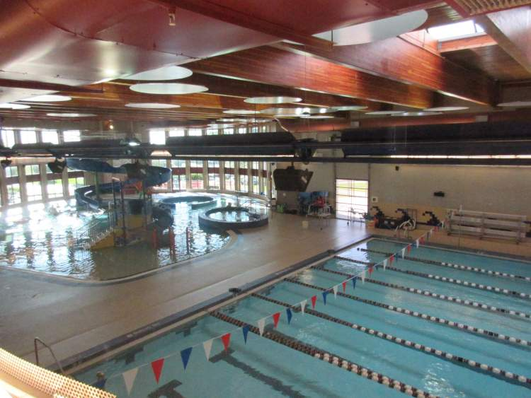 The Roosevelt Swim Center and Roosevelt Ice Arena will open September 1 with some restrictions.  Both facilities have been closed since mid-March due to the COVID-19 pandemic.